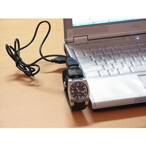 usb_memory_watch_desk